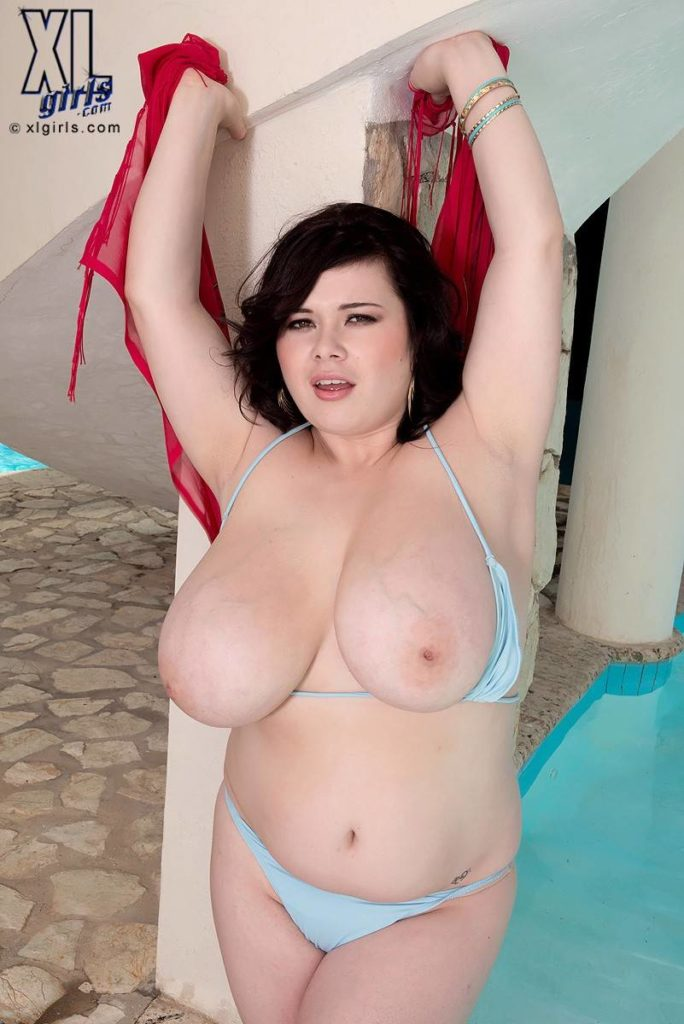 Big Boobs Roxanne Miller Bikini Fantasy