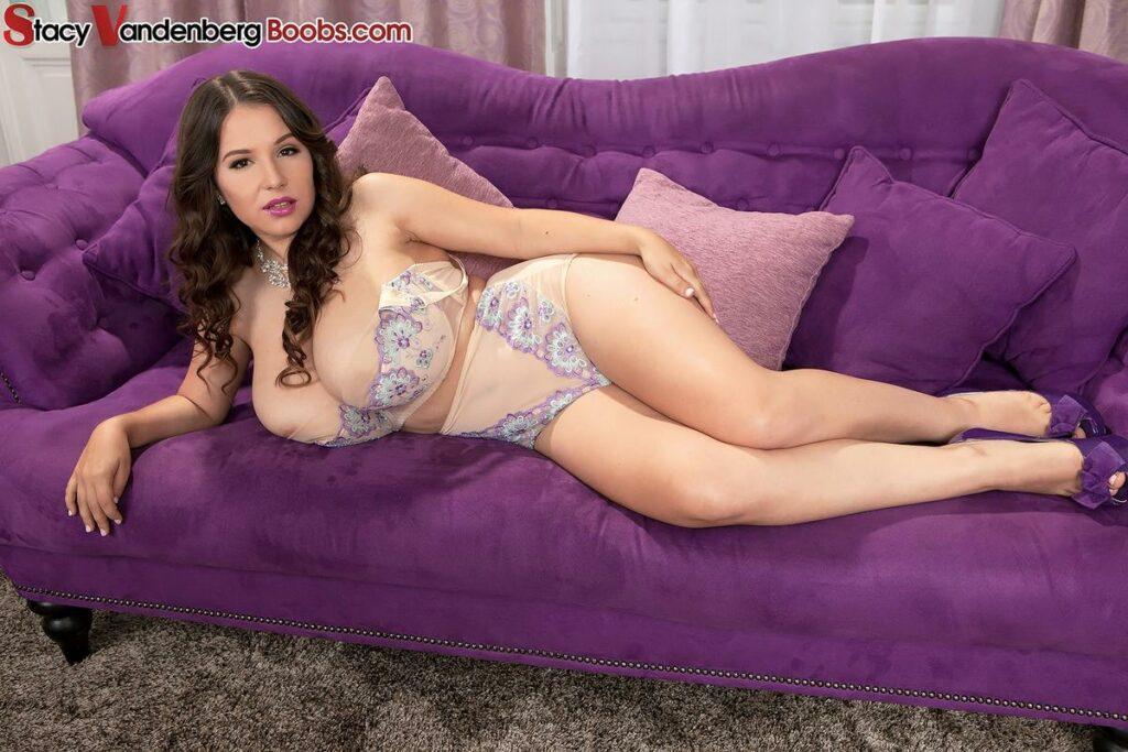 Stacy Vandenberg Floral Bra & Panties ⋆ Happy Big Boobs